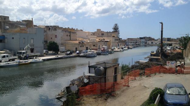 Mazara del Vallo, porto, Trapani, Economia