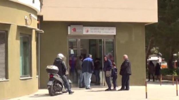 banca, Palermo, posta, rapina, Palermo, Cronaca