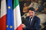 """Renzi: """"Bombardare i barconi al porto? Siamo pronti a intervenire"""""""