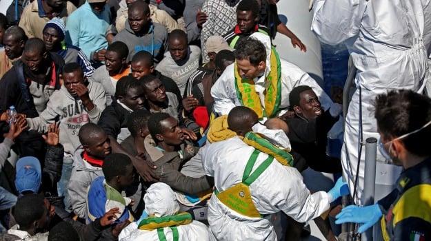 immigrazione, libia, naufragio, salvataggio, soccorso, Sicilia, Mondo