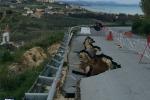 Frana a Sciacca, cede una parte della strada provinciale per Menfi - Foto