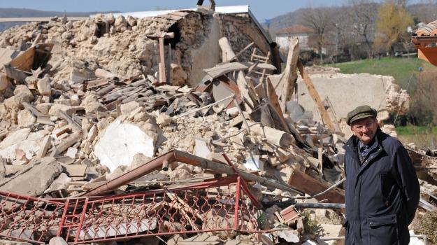 l'aquila, terremoto, Sicilia, Cronaca