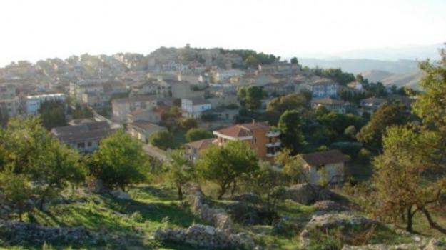 falsa bomba vallelunga, Caltanissetta, Cronaca