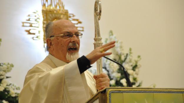 Pasqua, vescovo, Ragusa, Cronaca