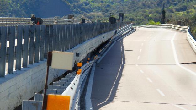 autostrada a19, m5s, viadotto himera, Rosario Crocetta, Sicilia, Cronaca