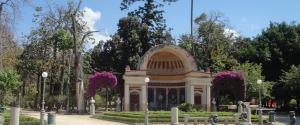Riaprono su prenotazione ville e giardini a Palermo, orari e modalità per accedere