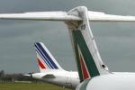 Ryanair corteggia Alitalia, i sindacati preparano lo sciopero