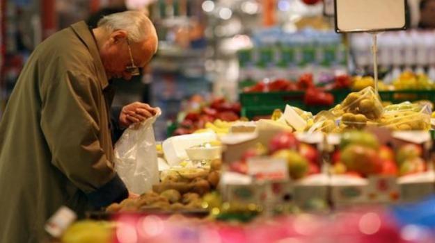 anziani, cibo, Sicilia, Società