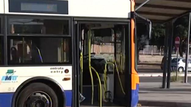 bus, trasporti, Palermo, Cronaca