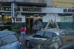 Rapina al bar Massaro, in sette fuggono con sigarette e denaro