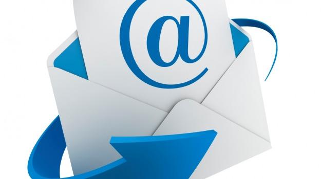 chat, email, Sicilia, Società