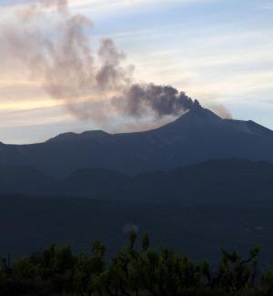 Etna, dalle fessure del vulcano nuove spie per le eruzioni