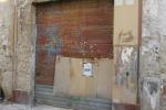 Crollano solai di una palazzina al Capo, lì furono trovate armi e tracce di sangue