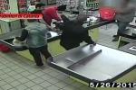 Rapinano un supermercato a Tremestieri: il video del colpo