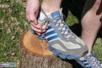 I fori aggiuntivi nelle scarpe sportive? Esistono per un valido motivo: ecco qual è