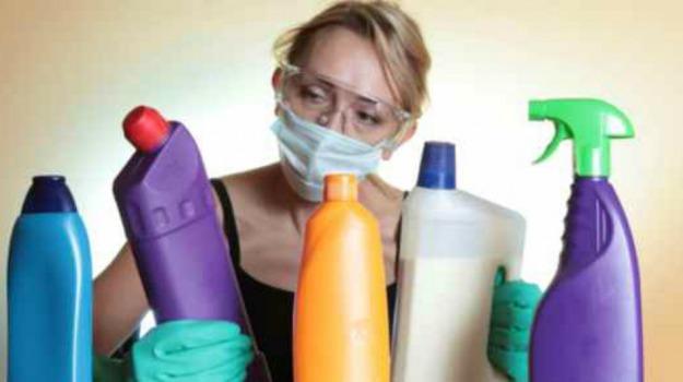 etichette, sostanze chimiche, Sicilia, Società