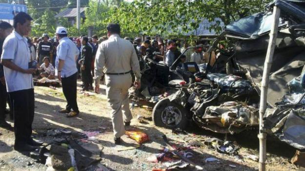 Cambogia, incidente, pullman, vittime, Sicilia, Mondo