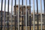 Ucciardone senza soldi: agenti penitenziari con divise invernali