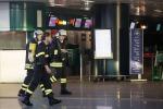 Rogo all'aeroporto di Fiumicino, scalo chiuso: tutte le foto