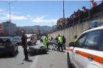 Scontro fra moto a Palermo, le immagini nel luogo dell'incidente - Video