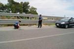 Ubriaco alla guida travolge e ferisce due ragazze a Ispica: arrestato