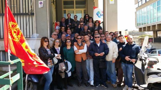 catania, lavoratori, sims, Catania, Cronaca
