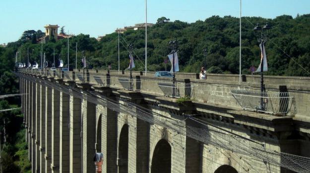 ariccia, ponte, roma, Sicilia, Cronaca