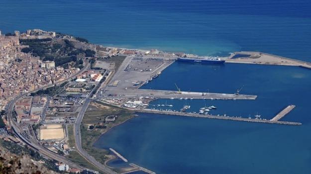 porto di termini imerese, Palermo, Economia
