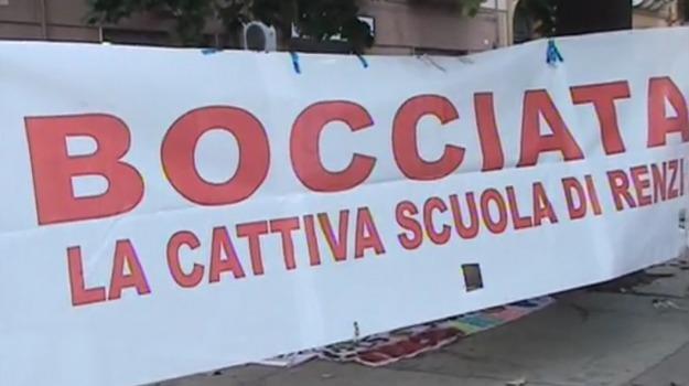 adozione, buona scuola, ITC, Palermo, partinico, protesta, riforma, sospensione, testi, Palermo, Cronaca