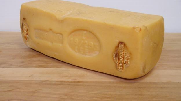 formaggio ragusano dop, Ragusa, Economia