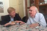 Il sindaco di Agrigento Lillo Firetto e lo scrittore Andrea Camilleri