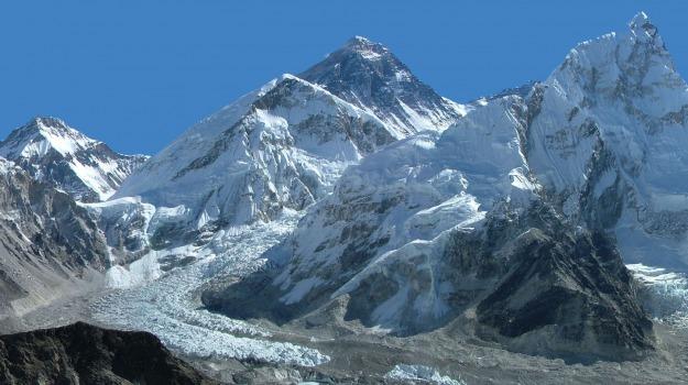 everest, Nepal, terremoto, Sicilia, Mondo
