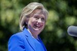 """Hillary Clinton lancia la sua campagna elettorale: """"Basta privilegi per pochi"""""""