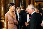 Irina Shayk incanta Carlo d'Inghilterra con una scollatura... da capogiro - Foto