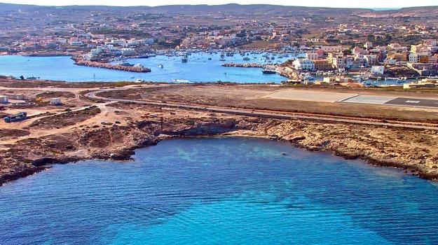 Isole Pelagie, Lampedusa, trasporti, Agrigento, Economia