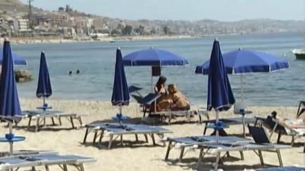 concessioni spiagge, diffide Palermo e Catania, Palermo, Politica