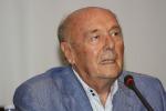 Frattini, una vita per il giornalismo: l'addio al volto storico del Tg1