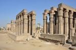 Kamikaze davanti a un tempio in Egitto: obiettivo un bus di turisti