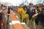 Una pizza lunga oltre un chilometro: l'Italia si aggiudica il record - Foto