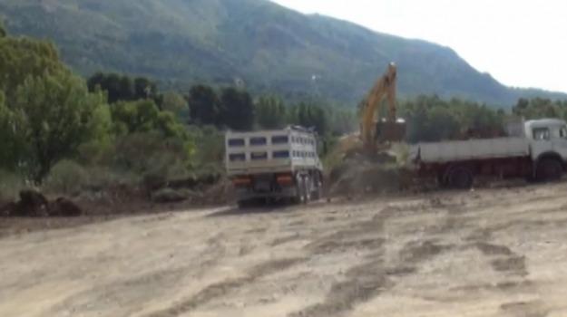 demolizioni, marsala, ruspe, Trapani, Cronaca