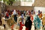 Pakistan, il governo chiude gli uffici di Save The Children