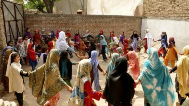 chiusura, governo, Islamabad, Pakistan, Save The Children, Sicilia, Mondo