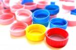 Depurare l'acqua con i tappi di plastica: ecco come