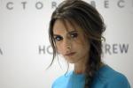 Victoria Beckham mette all'asta i vestitini della figlia Harper