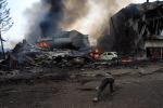 Aereo militare precipita su zona abitata nell'isola di Sumatra: almeno 113 morti