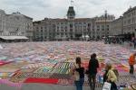 Sclerosi multipla, migliaia di adesioni nella coperta più grande del mondo