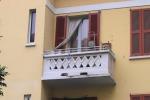 Notte di follia in una casa popolare a Milano: donna decapitata, arrestato un transessuale
