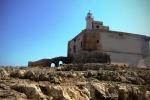 Capo Passero, vandali alla fortezza