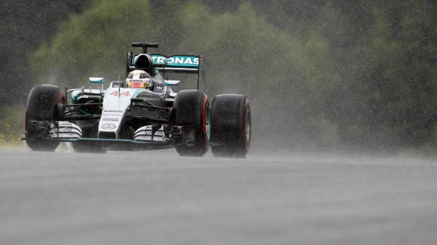 formula 1, pole position, qualifiche, Lewis Hamilton, Nico Rosberg, Sebastian Vettel, Sicilia, Sport