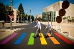 Gay Pride 2015, il mondo si veste di arcobaleno - Foto